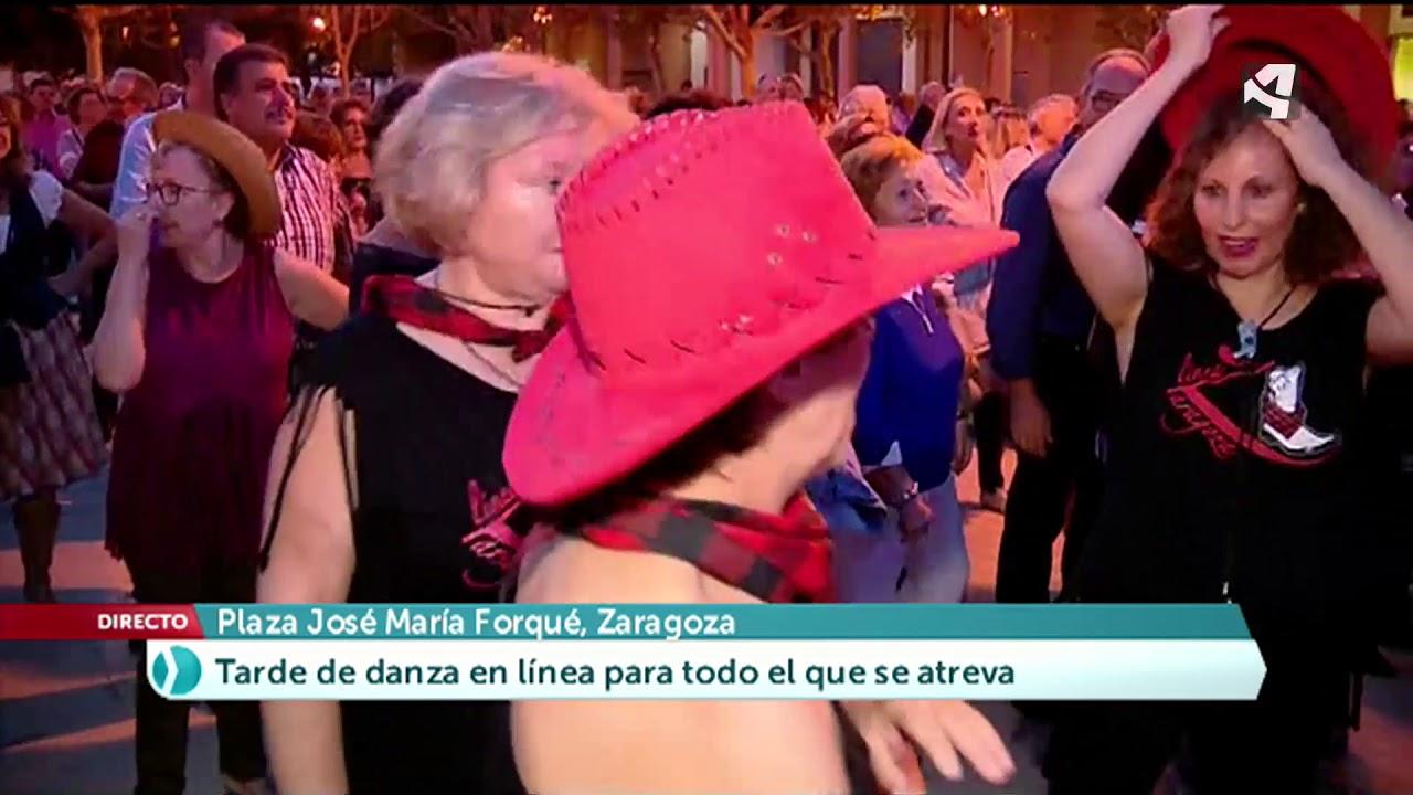 Mujeres solteras bailando culturas