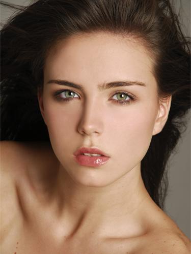 Conocer chica italiana rostro precioso echarte