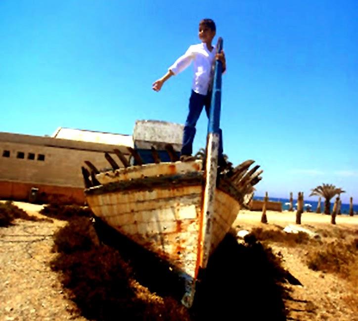 Hombre solo en el mar turcos
